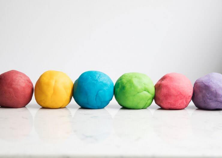 DIY Playdough Balls