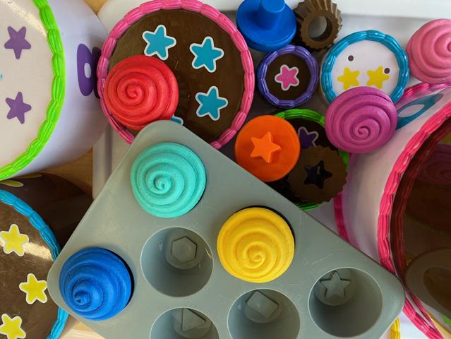 Cake and Cupcake Kit